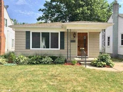 2146 Ridgemont, Grosse Pointe Woods, MI 48236 - MLS#: 58031355092
