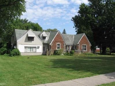18881 Common Rd, Roseville, MI 48066 - #: 58031391679