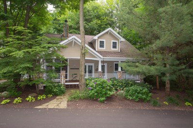 76477 Fieldstone Circle, South Haven, MI 49090 - #: 18016717