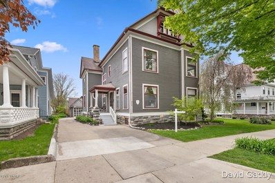 310 Washington Street SE, Grand Rapids, MI 49503 - #: 19020621