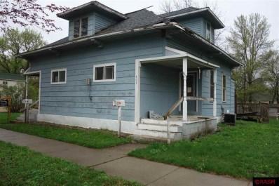 405 E Hoosac St, Waterville, MN 56096 - MLS#: 7016934