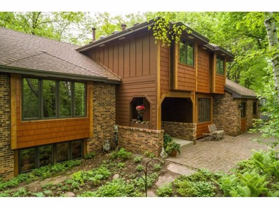 11 High Circle Way, North Oaks, MN 55127 - MLS#: 4951658