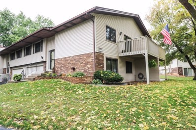 1090 Churchill Place, Shoreview, MN 55126 - MLS#: 5012562