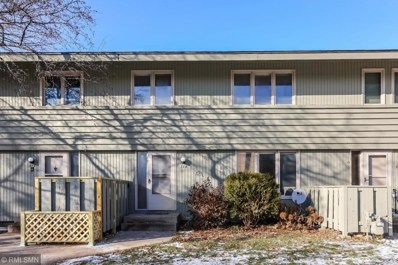 118 Windsor Lane, New Brighton, MN 55112 - #: 5022403