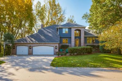 972 Scenic Drive, Shoreview, MN 55126 - #: 5318087