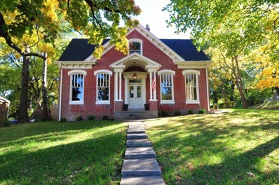1304 Main St, Boonville, MO 65233 - MLS#: 18-374