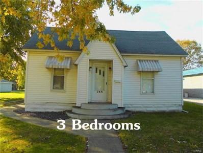 715 N Edwardsville, Staunton, IL 62088 - #: 17088092