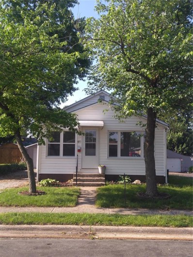 321 W Thomas, Roxana, IL 62084 - MLS#: 17097116