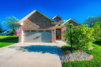 709 Pleasant Valley Drive, Godfrey, IL 62035 - MLS#: 18003458