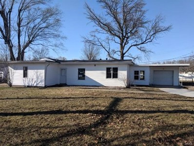 200 W Country Lane, Collinsville, IL 62234 - #: 18014831