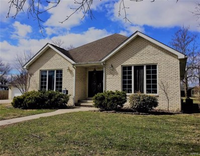 800 1st Street, Gillespie, IL 62033 - MLS#: 18017255