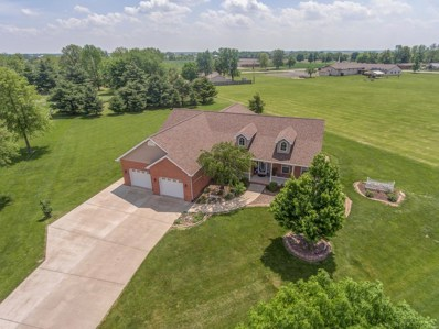 8420 Twin Lakes Drive, New Baden, IL 62265 - MLS#: 18038860