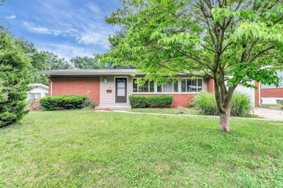 2 Bridle Path Court, Florissant, MO 63033 - MLS#: 18048443