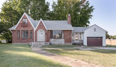 911 Lemay Ferry Road, St Louis, MO 63125 - MLS#: 18079561