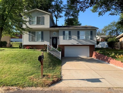 4002 Southern Aire, St Louis, MO 63125 - MLS#: 18080915