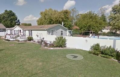 849 E Pearl, Staunton, IL 62088 - #: 18096451
