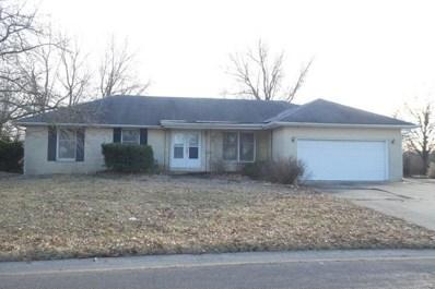 808 W Miller Drive, Staunton, IL 62088 - #: 19009855