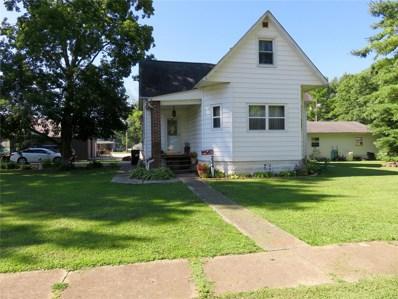 224 W Lafayette, Staunton, IL 62088 - #: 19022369