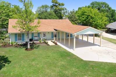 140 Lakewood Dr, Waveland, MS 39576 - MLS#: 332750