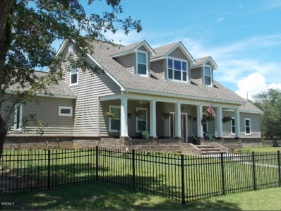 221 Hoffman Ln, Waveland, MS 39576 - MLS#: 336133