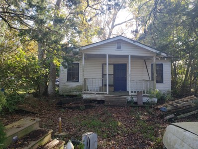 815 Spruce St, Waveland, MS 39576 - MLS#: 341547