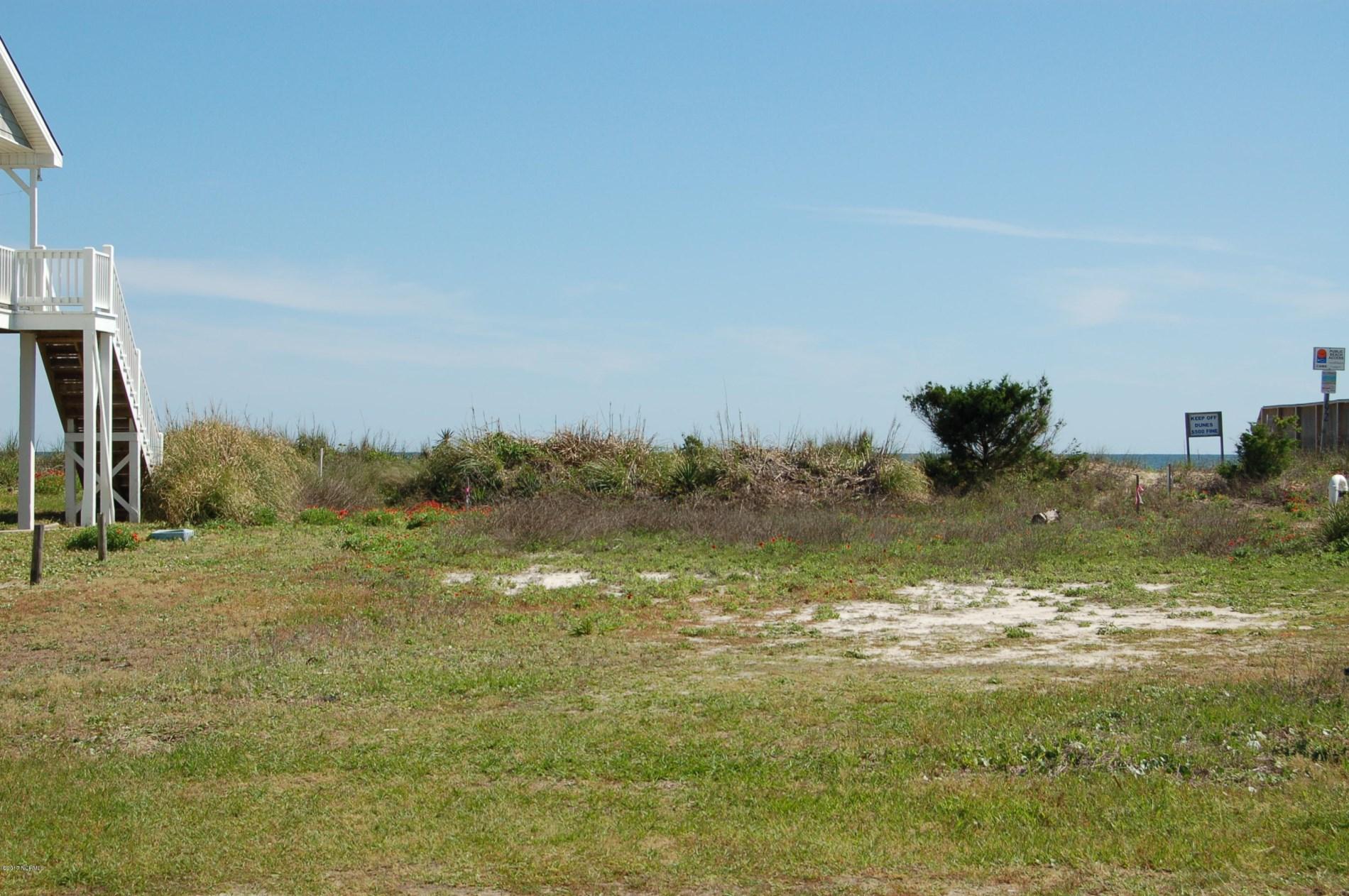 194  Ocean Boulevard E, Holden Beach