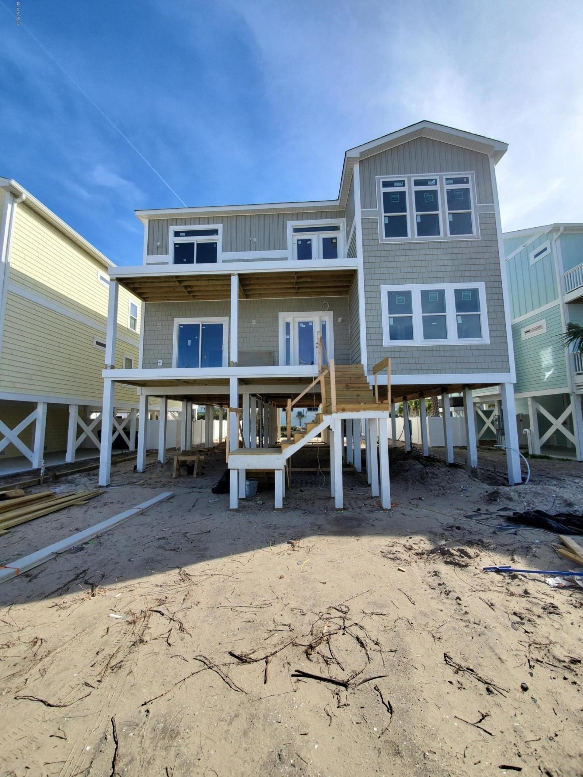 217  Brunswick Avenue W, Holden Beach