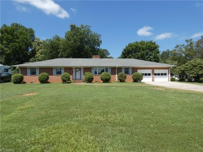 814 Fairview Drive, Lexington, NC 27292 - #: 943253