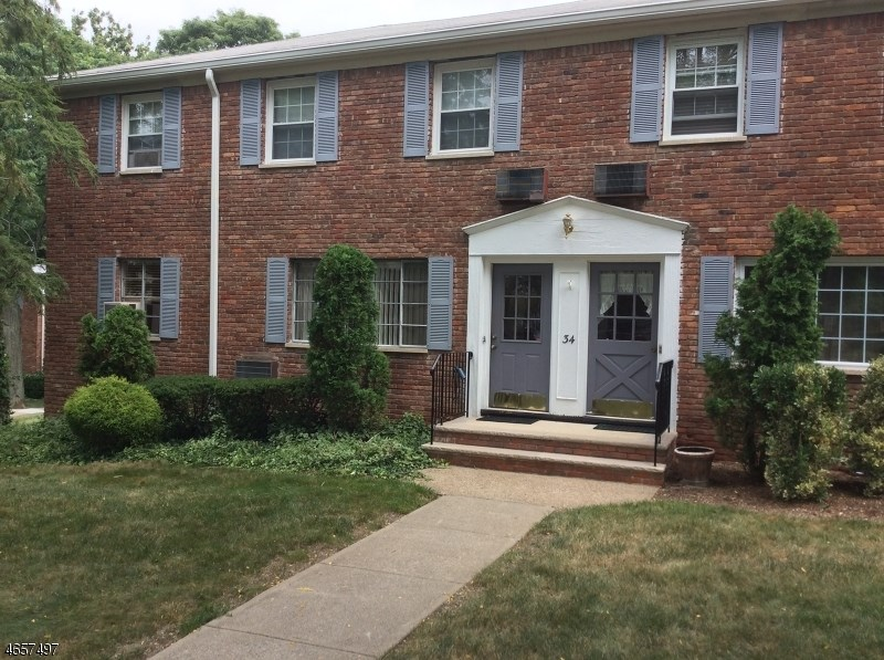 34 WEDGEWOOD DR-UNIT 49
