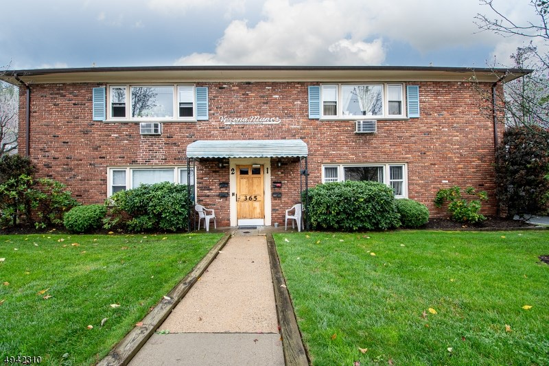 365 BLOOMFIELD AVE 1A