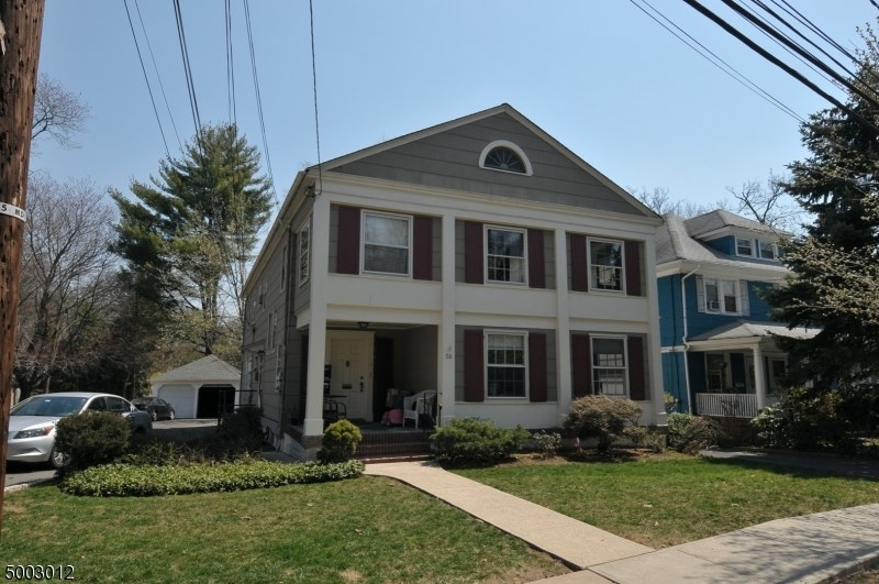 58 DUNNELL RD, Maplewood Twp.