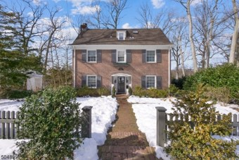 45 North Ter, Maplewood Twp.