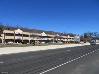 326 US Highway 22, Green Brook Twp.