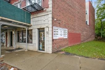 1109 Main Ave, Clifton City