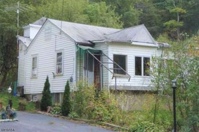 214 Lakeshore Dr, West Milford Twp., NJ 07421 - #: 3484674