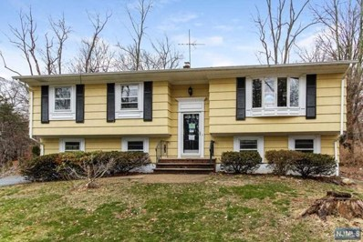 495 LAKESIDE Boulevard, Franklin Lakes, NJ 07417 - MLS#: 1711440