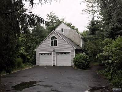27 GLEN Road, Woodcliff Lake, NJ 07677 - MLS#: 1729633