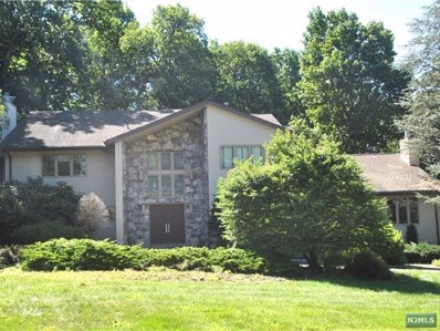 792 HIGH WOODS Drive, Franklin Lakes, NJ 07417 - MLS#: 1734729