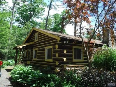 62 PINECREST Trail, West Milford, NJ 07480 - MLS#: 1736896