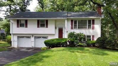 580 HOOVER Avenue, Twp of Washington, NJ 07676 - MLS#: 1737011