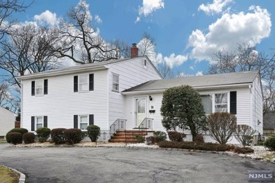 9 PAGE Place, Livingston, NJ 07039 - MLS#: 1800367