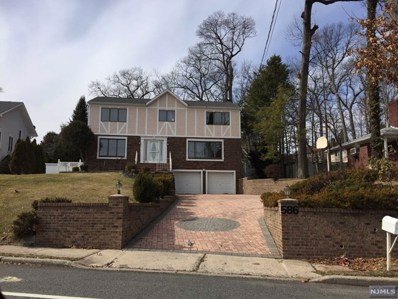 586 VAN EMBURGH Avenue, Twp of Washington, NJ 07676 - MLS#: 1800776