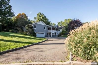 426 CALVIN Street, Twp of Washington, NJ 07676 - MLS#: 1801236