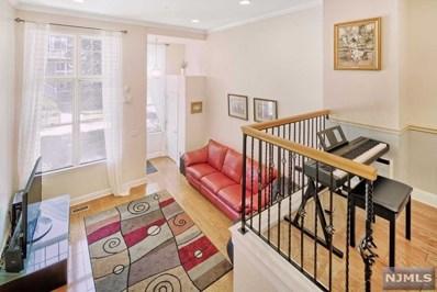 380 KINGSTON Court, West New York, NJ 07093 - MLS#: 1802343