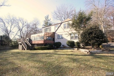 50 GLENVIEW Terrace, Cresskill, NJ 07626 - MLS#: 1804319