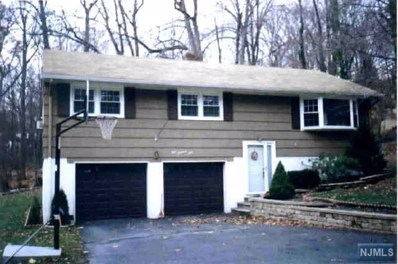 101 STAR LAKE Road, Bloomingdale, NJ 07403 - MLS#: 1806272