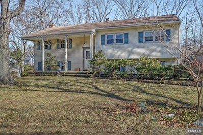 498 FOREST Avenue, Paramus, NJ 07652 - MLS#: 1806697