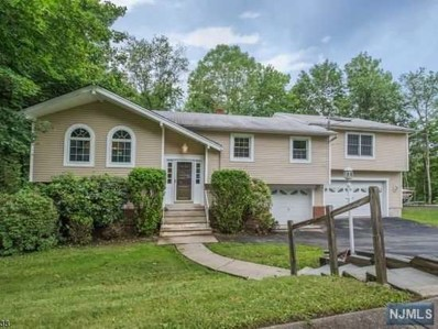 1 LOVELL Drive, Wanaque, NJ 07465 - MLS#: 1809598