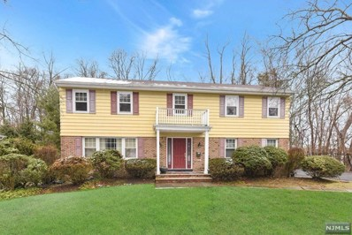 32 O SHAUGHNESSY Lane, Closter, NJ 07624 - MLS#: 1809651