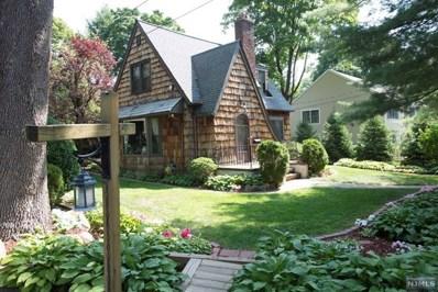8 W PARK Avenue, Park Ridge, NJ 07656 - MLS#: 1810050